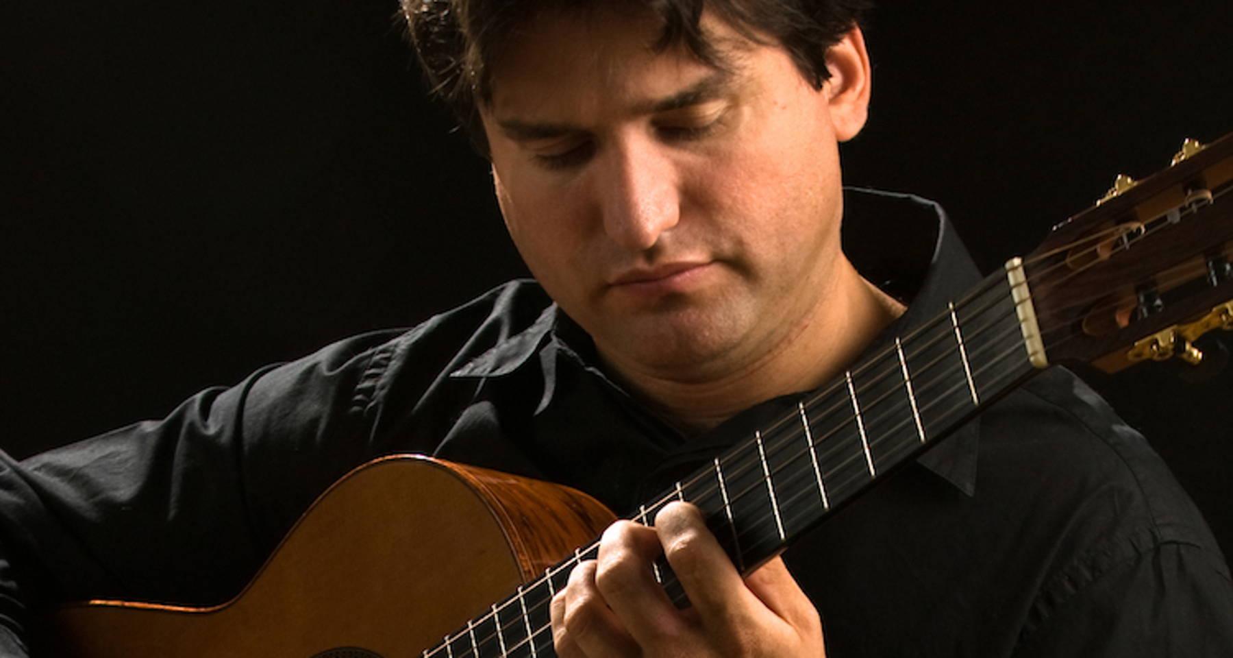 René Izquierdo, Cuban Guitar Virtuoso in Concert