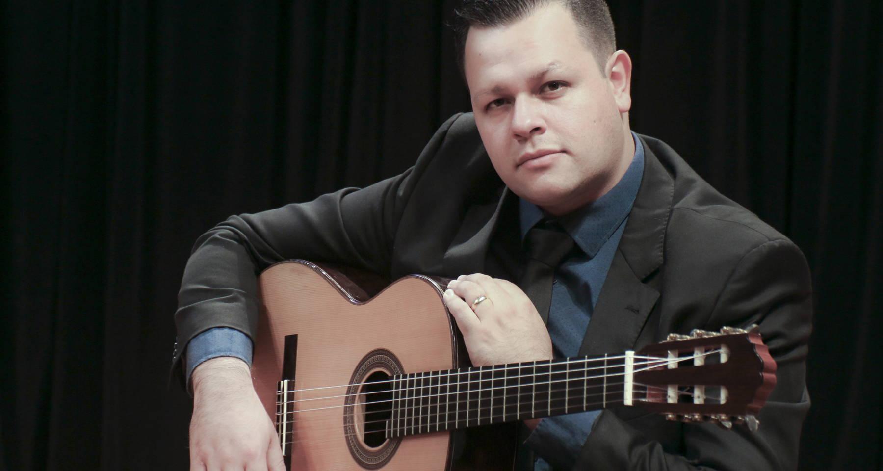 Classical Guitar Concert by Walmor Boza