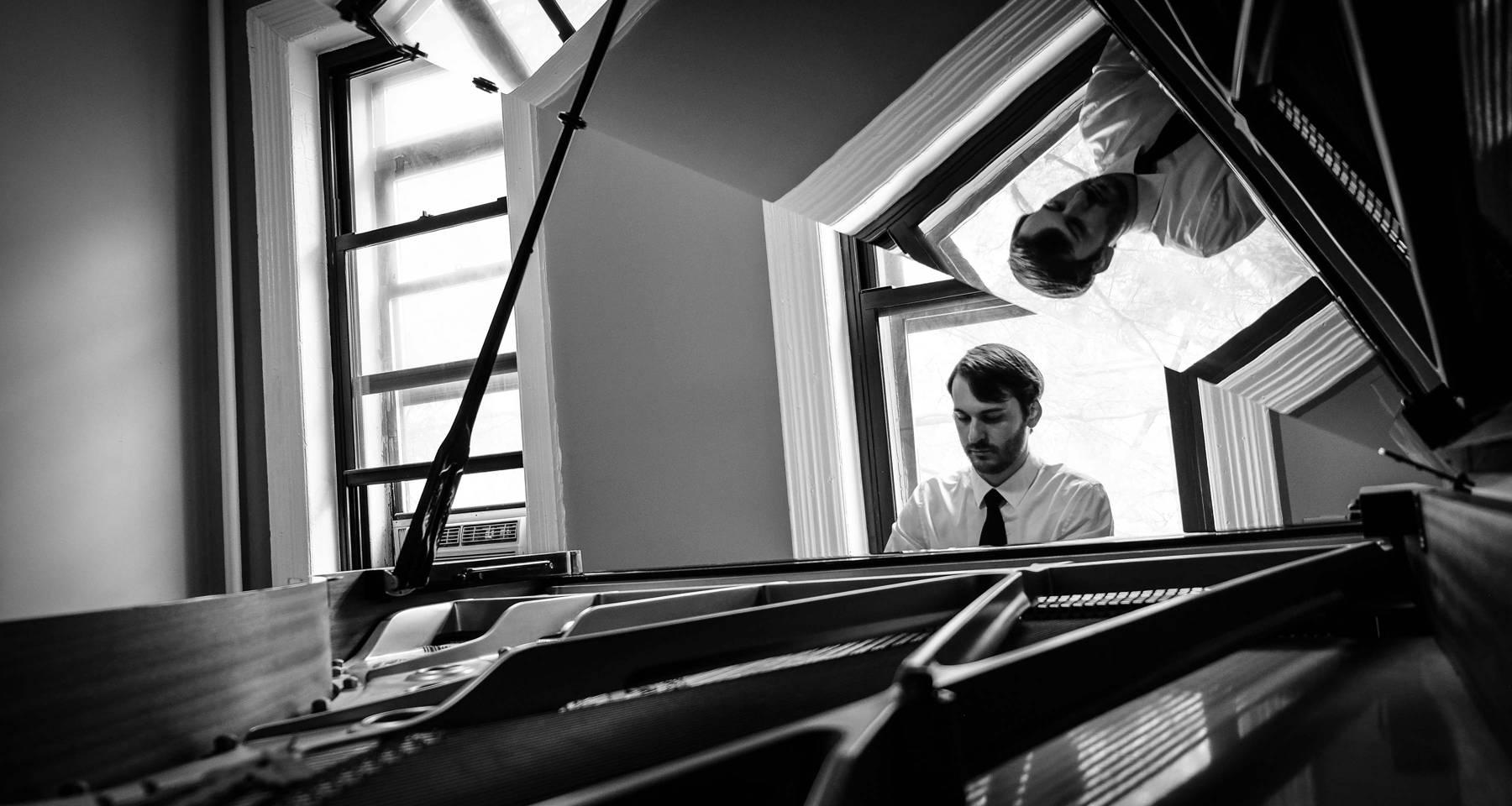 Piano recital by Daniel Colalillo at Clare Posnack's house. It's time!