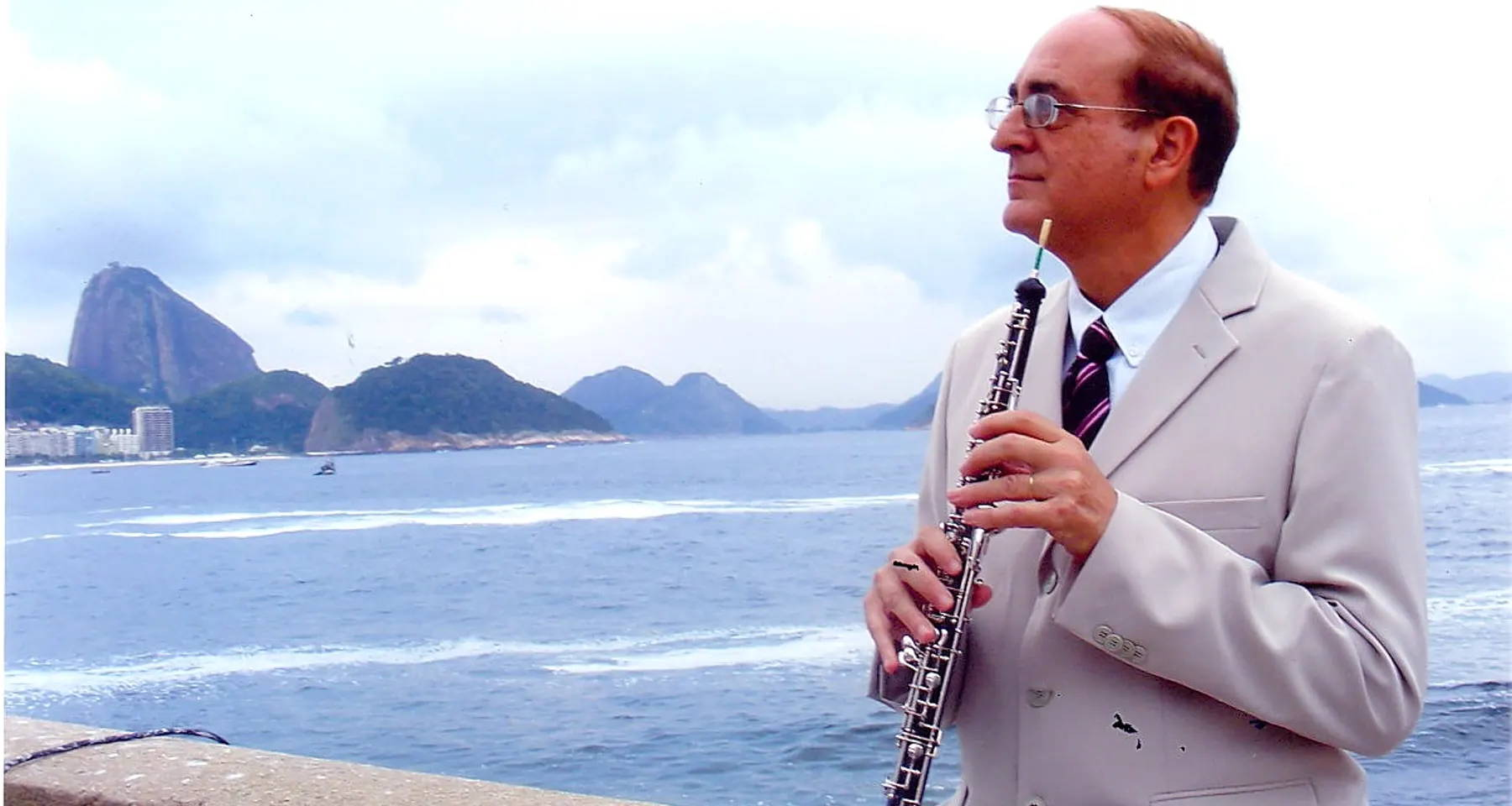 A recital of oboe and guitar music from Brazil