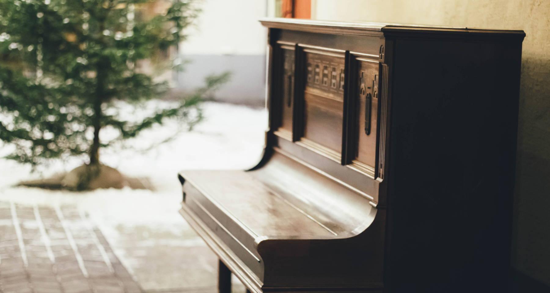 De Falla, Debussy, & Bridge Cello/Piano Works with Jonah and Luis